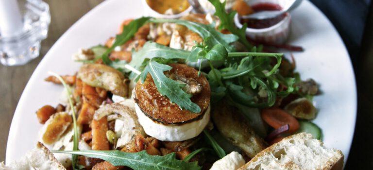 Leckere Essen im Attentat Griechischer Salat